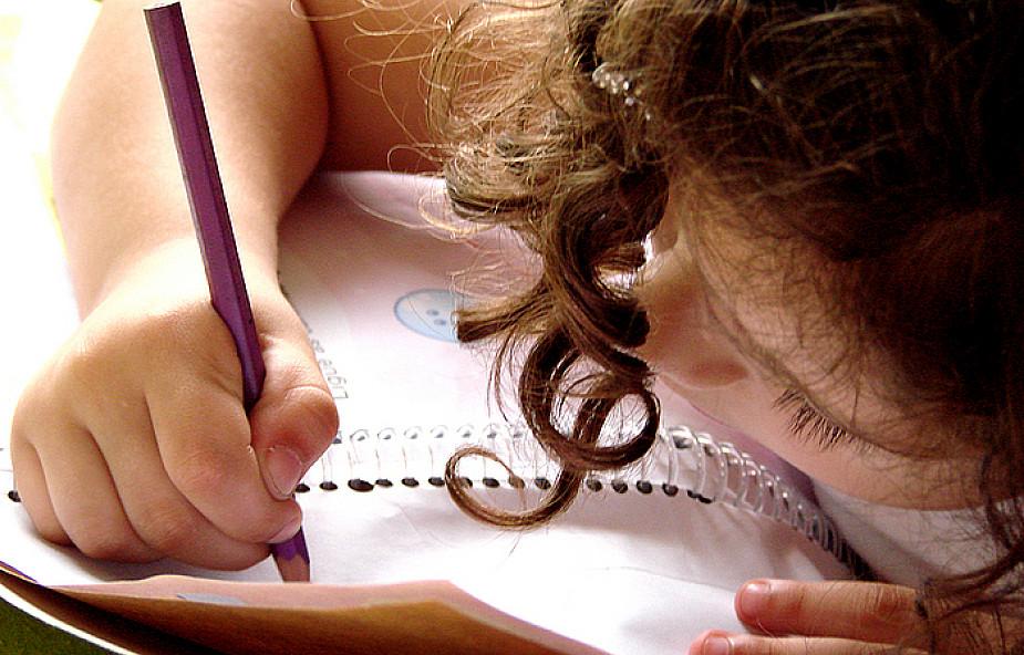 Jak odrabiać z dzieckiem zadanie?