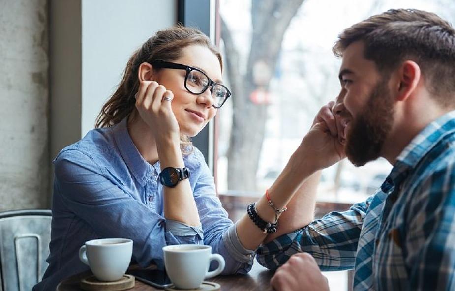 związek z przypadkowymi randkami względne i bezwzględne datowanie skał
