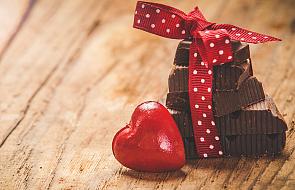 Miłość do gorzkiej czekolady = zdrowsze serce