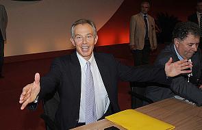 Uciążliwi sąsiedzi - Tony Blair z rodziną