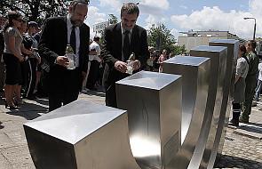 W Kielcach odsłonięto grób ofiar pogromu