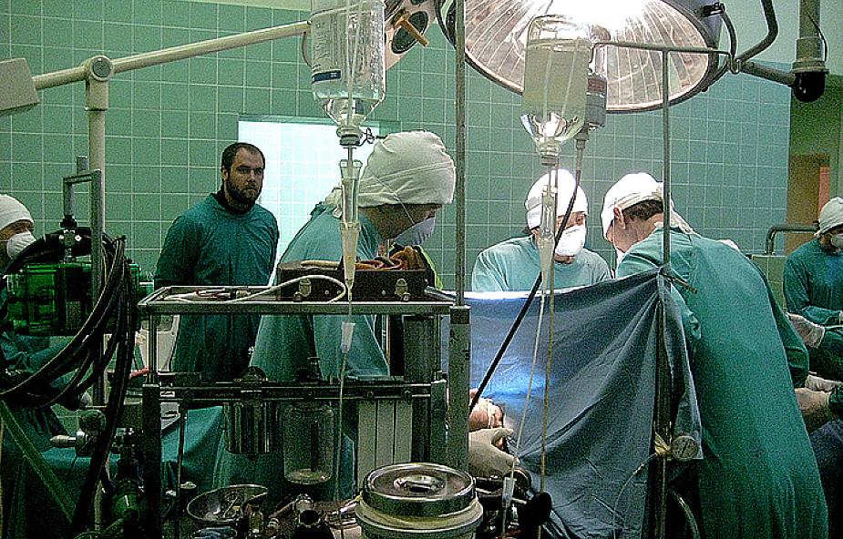 Operacje serca na linii produkcyjnej