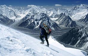 Tragedia na K2: 1 ofiara, Polacy schodzą