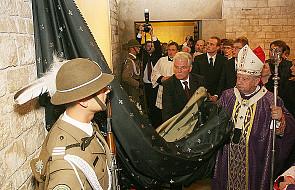 Tablica pamiątkowa na Wawelu odsłonięta