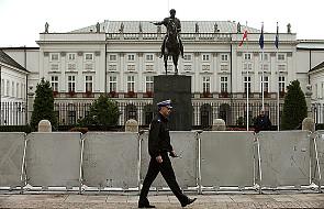 Nie ma krzyża przed Pałacem Prezydenckim