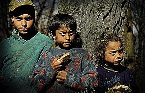 UE musi wesprzeć edukację Romów