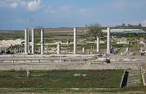 Grecy odkryli 37 starożytnych grobowców