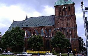 Modlitwy za ofiary wypadku pod Berlinem