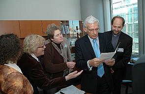Szef PE chce wyjaśnienia tragedii w Biesłanie
