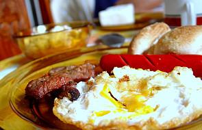 Duże śniadanie wcale nie pomaga schudnąć