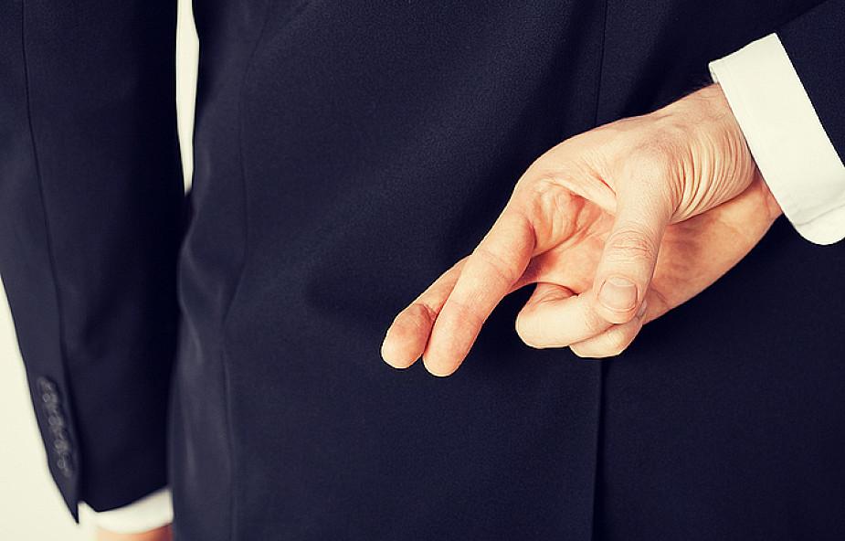 Jak zdemaskować kłamcę? Mikroekspresja