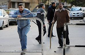 Ponad tysiąc osób protestuje w centrum Kairu