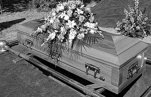 Msza św. pogrzebowa bez urny w kościele?