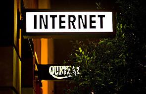 Internet - miejscem upamiętnienia zmarłych