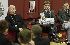 Abp Michalik: boję się o młode pokolenie