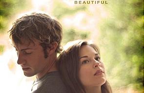 """""""October Baby"""" - film, który leczy duszę"""