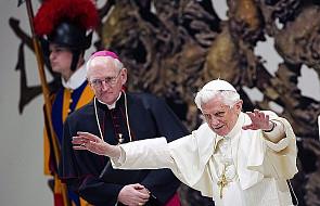 Benedykt XVI do młodych: czytajcie gazety!