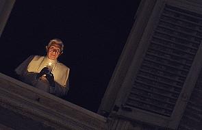Papież Benedykt XVI zapalił światło pokoju