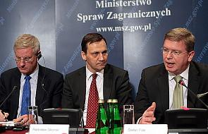 Sikorski: 87 mln euro na pomoc dla Białorusi