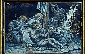 Stacja XIII - Pan Jezus złożony na ręce Bolesnej Matki