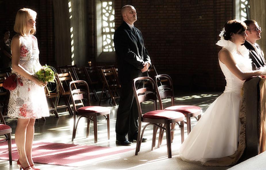 Dlaczego mam brać ślub właśnie w Kościele?!