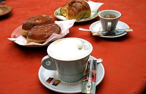 Słodycze i kawa po tłustym posiłku? NIE!