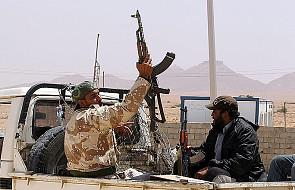 Trypolis - trwa rewolta przeciw Kadafiemu