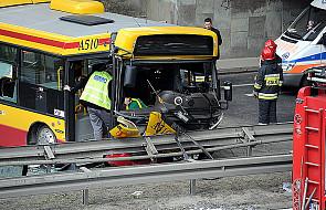 Warszawa: wypadek autobusu z 40 pasażerami