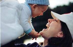 Nagrodzono firmy przyjazne pracującym matkom