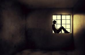 Osoby z depresją obniżają sobie nastrój