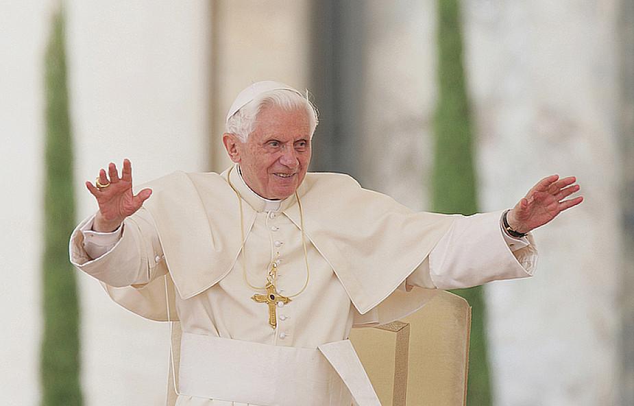 Watykan: Artyści w hołdzie Benedyktowi XVI
