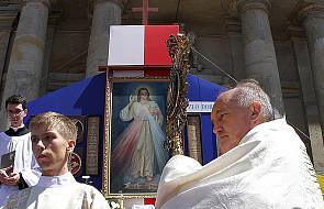 Kardynał Nycz apeluje do polityków
