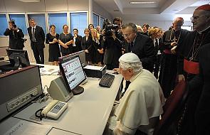 Benedykt XVI z wizytą w L'Osservatore Romano