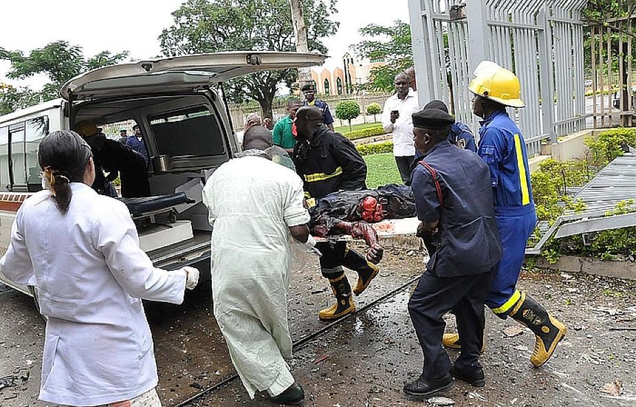 23 ofiary, 81 rannych w zamachu w Abudży