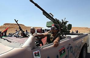 Libia: obie strony popełniły zbrodnie wojenne