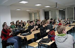 Blady strach padł na studentów