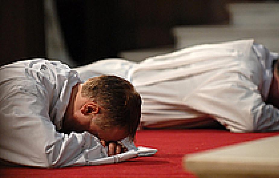 Kapłan musi przede wszystkim kochać