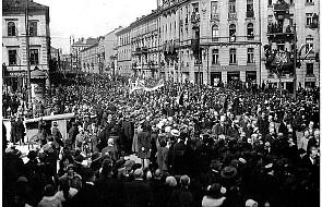 O pierwszym w niepodległej Polsce pochodzie