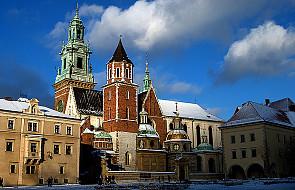 Procesja do Grobów Królewskich na Wawelu