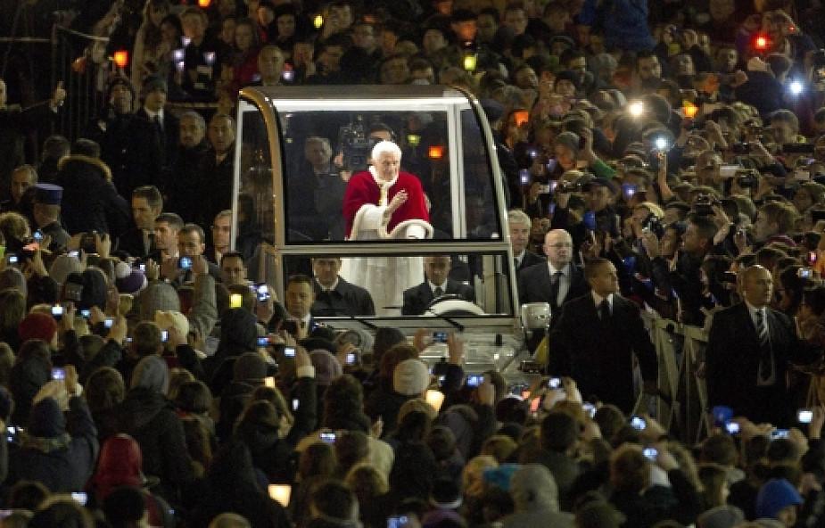 Benedykt XVI zwrócił się do młodych w Rzymie