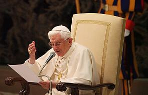 Papież wzywa kapłanów do pokory