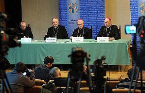 Biskup Polak o propozycji rządu i finansach
