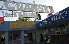 """Na bramę Stoczni wrócił napis """"imienia Lenina"""""""