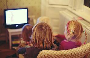 Pozwolić, by telewizja wychowywała dzieci?