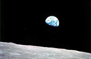 Tajemniczy wahadłowiec powrócił na Ziemię