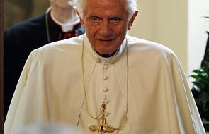 """""""Papież nie daje się zastraszyć przez ataki"""""""