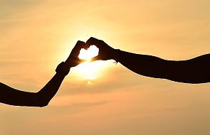 Bóg wyznaje miłość osobiście - Mk 12, 35-37