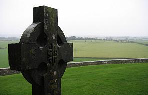 Kard. Seán Brady: Kościół w Irlandii leczy rany