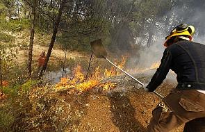 Ogień szaleje w Hiszpanii - walka z żywiołem