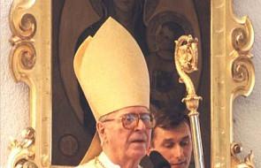 Kto jest najstarszym sakrą biskupem?